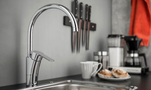 Best Touchless Kitchen Faucet of 2019